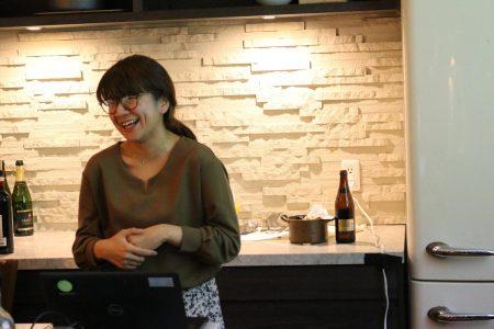 笑顔がすてきなパラレルワーカーの松岡永里子さん